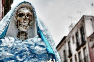 Oraciones a la santísima muerte